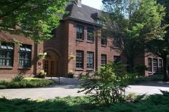Hull University staff house